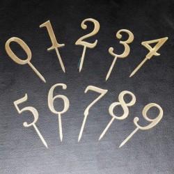 Топпер Цифра 7 5×3,5см золото